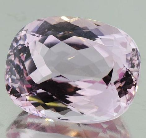 Kunzite cushion 50.5 ct