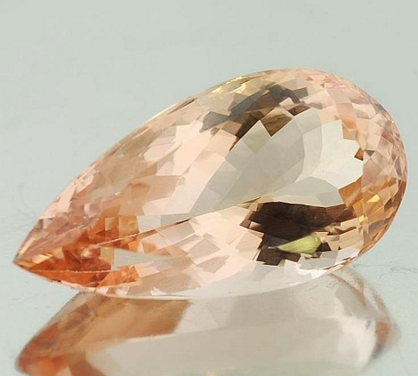 Morganite pear 22.71 ct