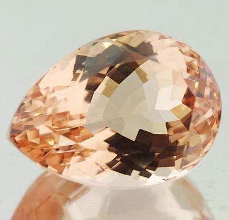 Morganite pear 22.22 ct