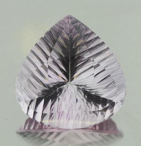 Amethyst pear lasercut very light lilac 44.59 ct