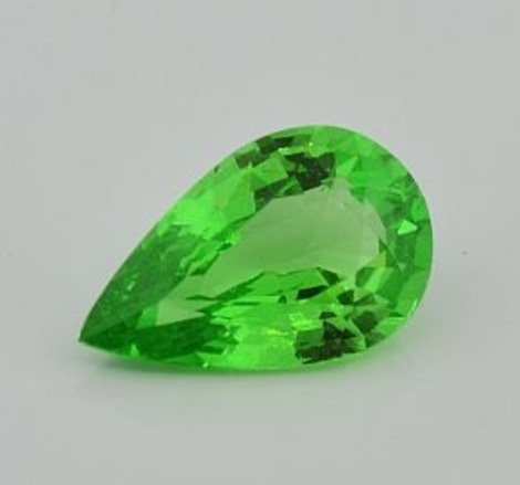 Tsavorite pear 4.17 ct