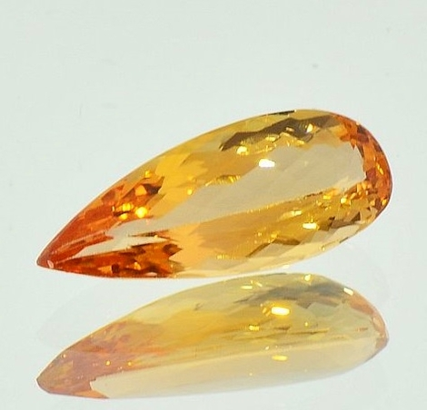 Imperial Topaz pear 3.60 ct