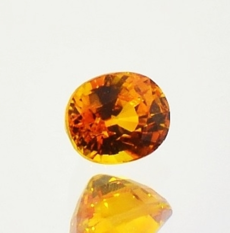 Saphir oval orange 1,03 ct