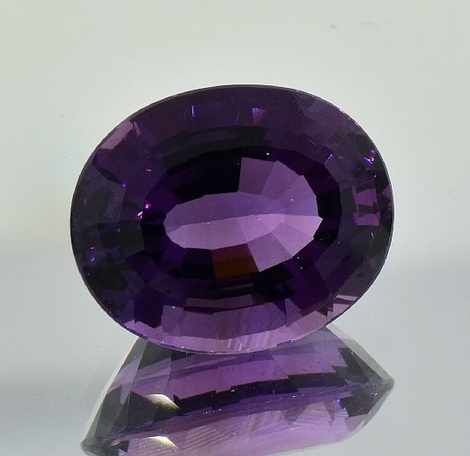 Amethyst oval 10.77 ct