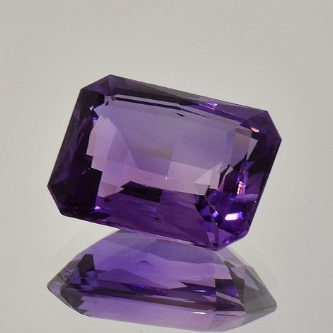 Amethyst octagon 21.78 ct
