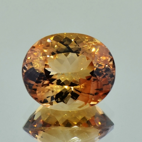 Topaz oval orangy brown 19.84 ct
