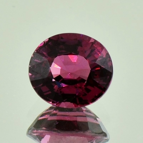 Rhodolith oval 4,43 ct