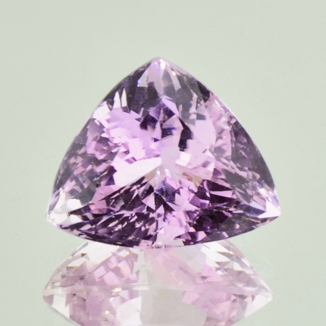 Kunzite trillion 22.06 ct
