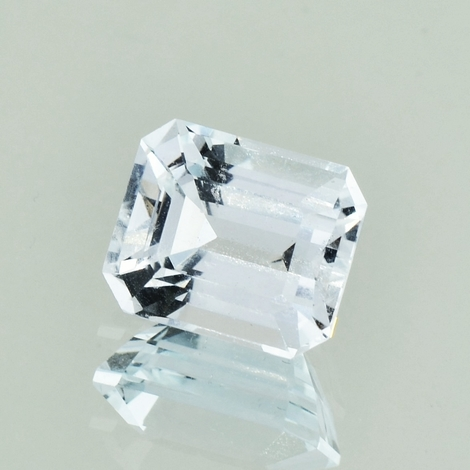 Topaz octagon colorless 6.56 ct