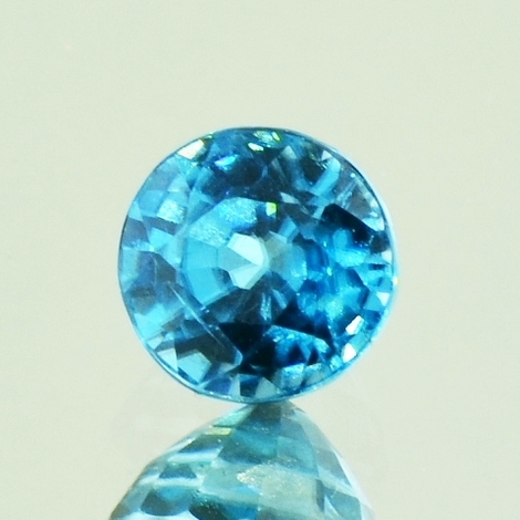 Zircon round blue 1.66 ct