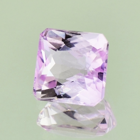Kunzit octagon 6,42 ct