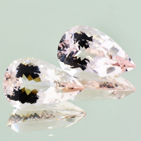 Morganite Pair pear 31.20 ct