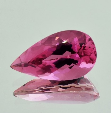 Turmalin Tropfen purpur-rosa 9,55 ct