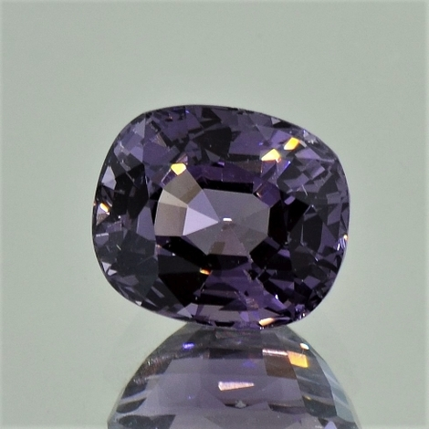 Spinel cushion greyish purple 5.40 ct