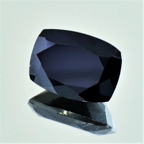 Spinel cushion black 12.55 ct