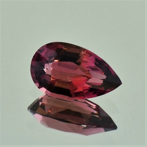 Tourmaline pear 2.45 ct