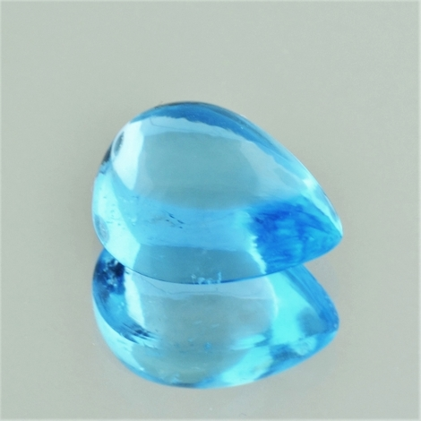 Blue Topaz Cabochon pear 13.80 ct