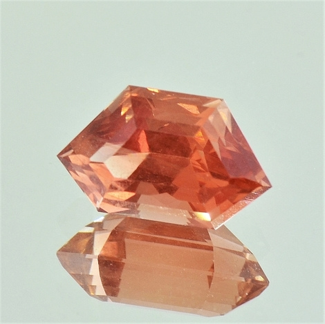 Oregon Sunstone Fantasy 3.86 ct