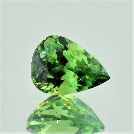 Demantoid pear 1.44 ct.
