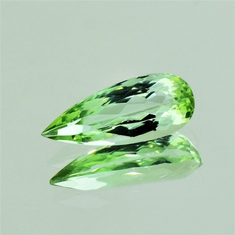 Beryl pear green 4.66 ct