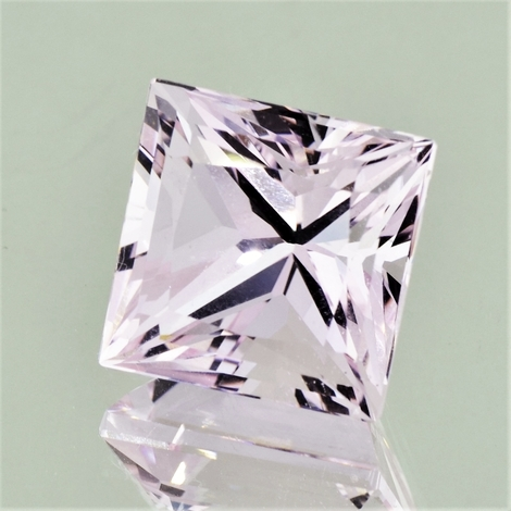 Morganite princess 21.59 ct