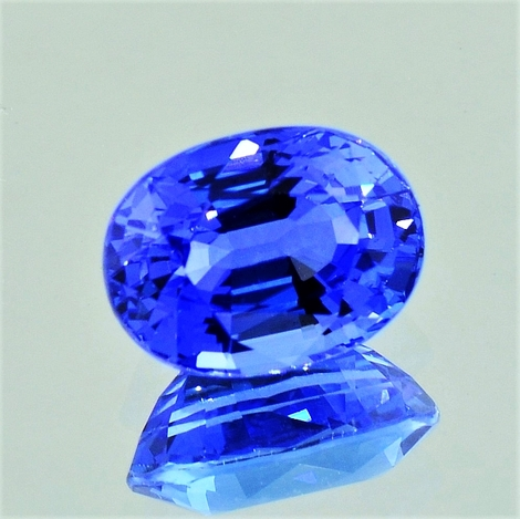 Sapphire oval blue 4.26 ct