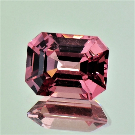 Spinell octagon rosa-orange 5,74 ct