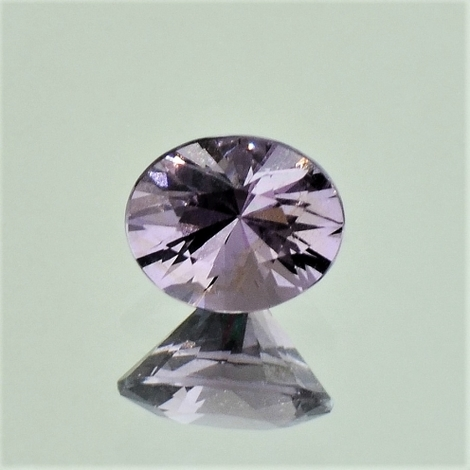 Spinell, Oval facettiert (1,18 ct.) aus Burma (Myanmar)