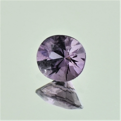 Spinel oval greyish lilac 1.23 ct
