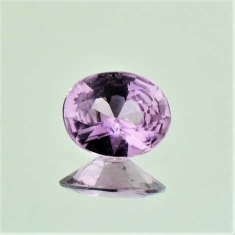 Spinell oval helles-lila 1,23 ct