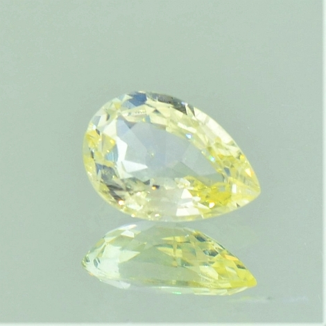 Sapphire pear light yellow unheated 1.45 ct
