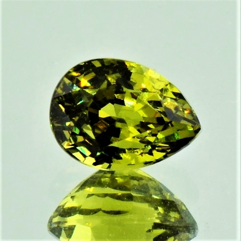 Mali-Garnet pear yellowish green 2.80 ct