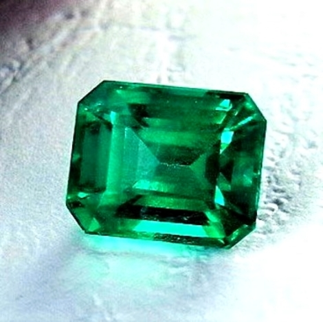 Emerald octagon 2.29 ct