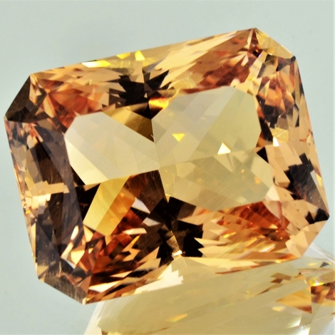 Beryl octagon 91.30 ct