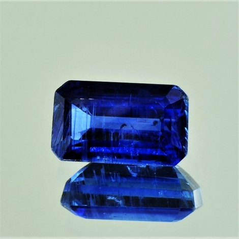 Kyanite octagon 4.22 ct
