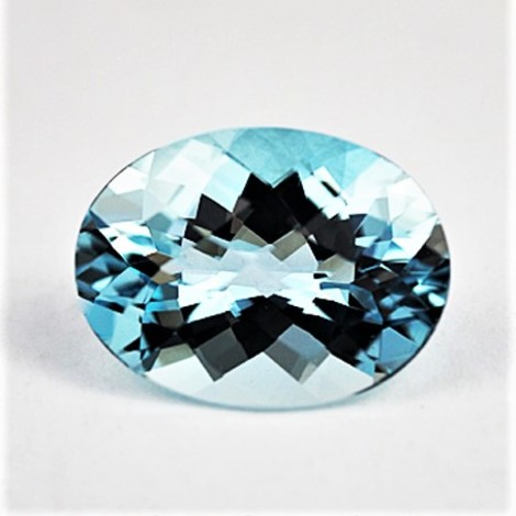 Aquamarin Oval-Schachbrett 8,50 ct