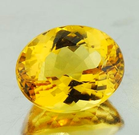 Goldberyll oval goldgelb 9,89 ct