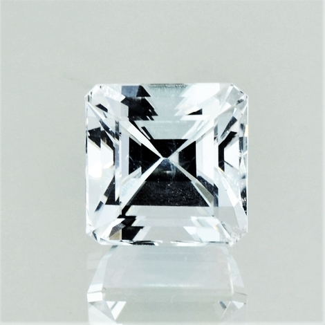 Topaz octagon colorless 8.94 ct