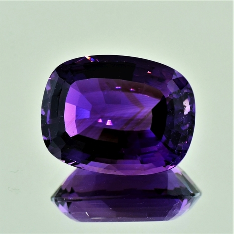 Amethyst cushion 26.89 ct