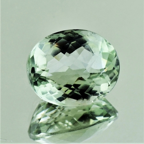 Prasiolith oval-checkerboard 14.72 ct