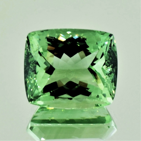 Prasiolith cushion 25.37 ct