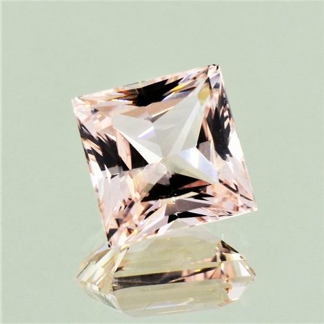 Morganite princess 6.46 ct