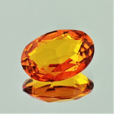 Bernstein oval 4,93 ct.