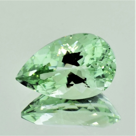 Prasiolith pear light green 18.70 ct