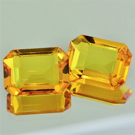 Amber Pair octagon 13.79 ct
