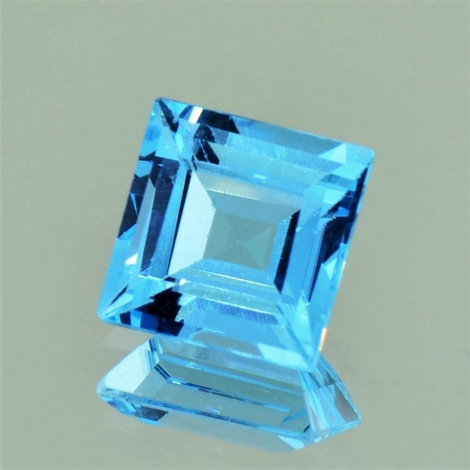 Blautopas carre 9,11 ct