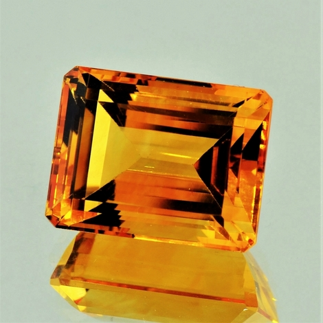 Citrin octagon orange 28,23 ct