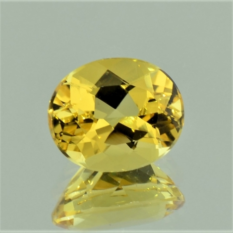 Goldberyll, Oval facettiert (4,66 ct.) aus Brasilien