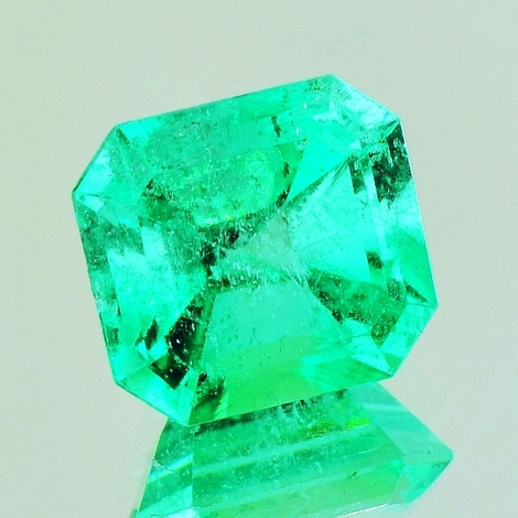 Emerald octagon 7.18 ct