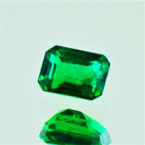 Emerald octagon intensives-grün 0.45 ct